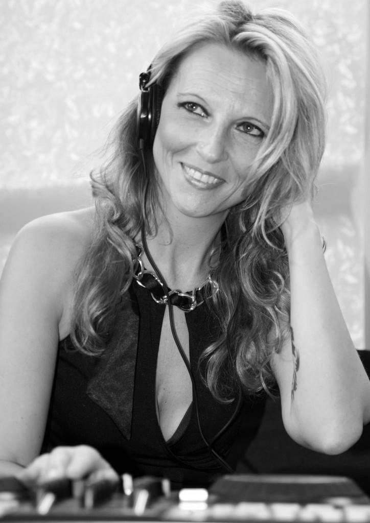 DJ Sunshine Sonja Storz